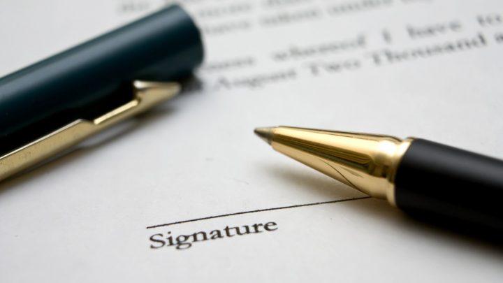 Zatrudnienie, umowy i problemy z tym związane