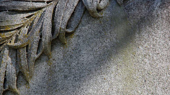 Ile trwa kremacja?